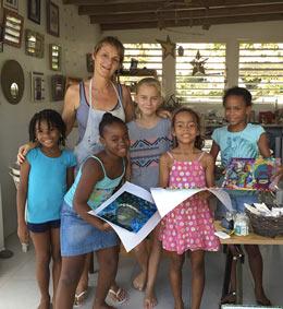 Françoise Charrol anime l'atelier d'Art d'Art en Guadeloupe